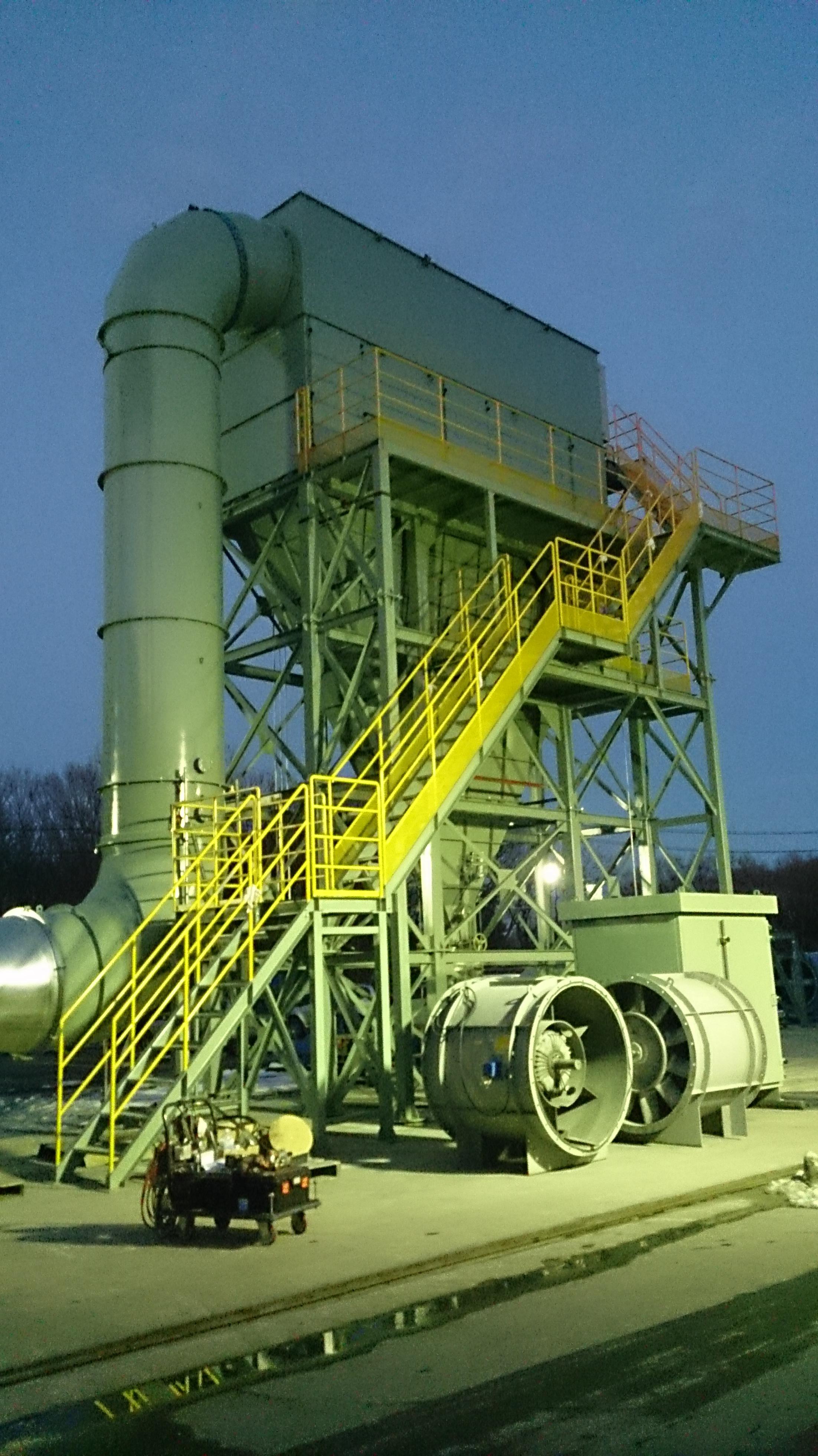 省スペース設計、鋳造工場向け。