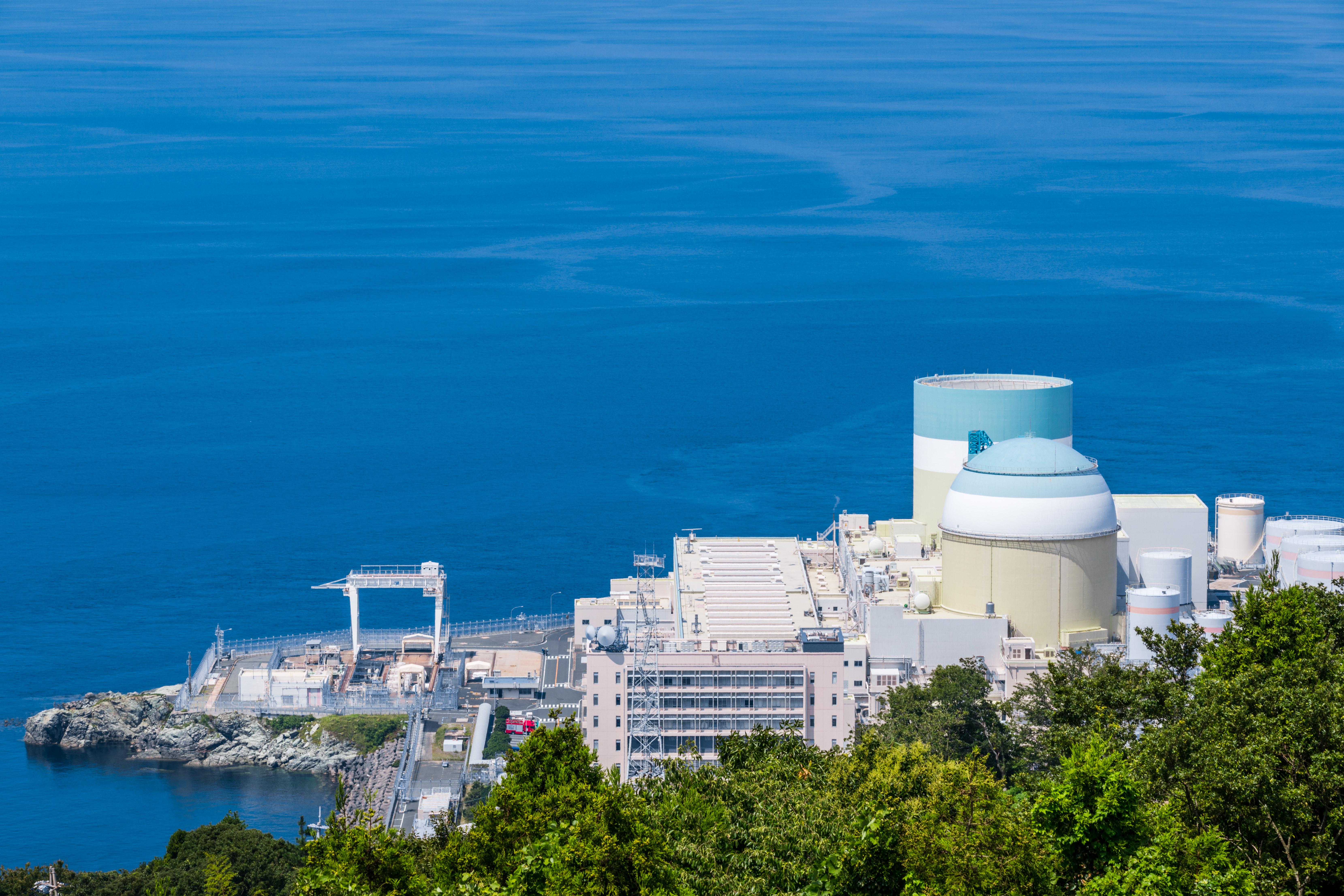 廃炉措置向け集塵システム。電気事業法溶接検査等、品質管理に特化した設計、製造。