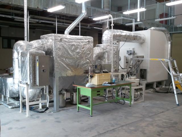 基盤等溶融時に発生するヒューム、高濃度塩素ガス対応耐熱集塵機。