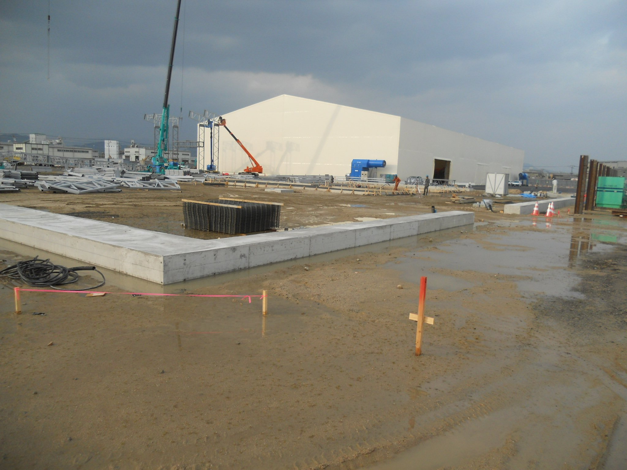 災害復興工事向け、がれき処理プラント用建屋全体換気システム